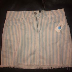PAC sun baby blue striped mini skirt size 3-4